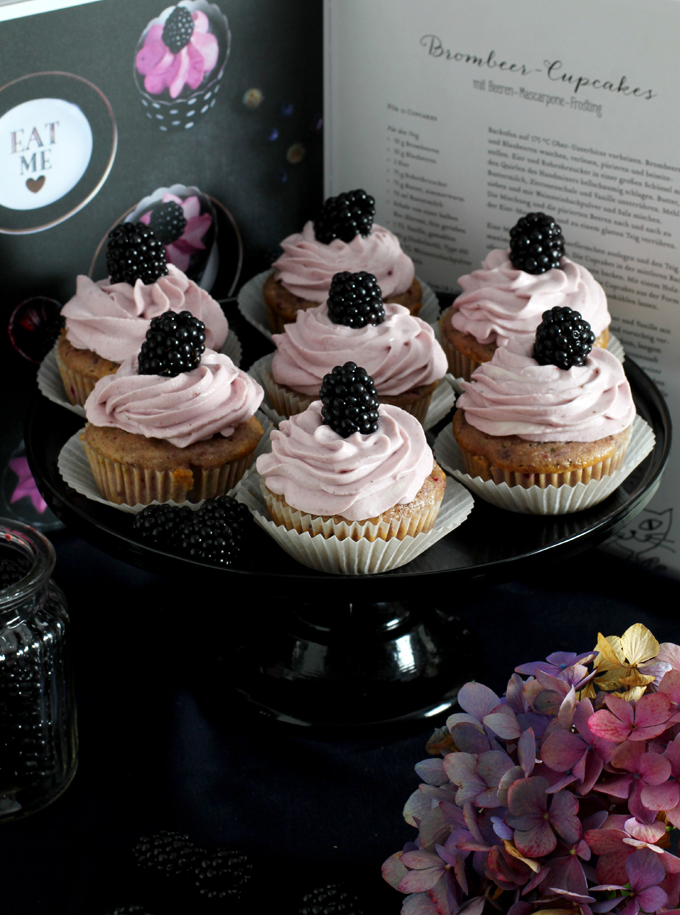 Brombeer Cupcakes_Buch2