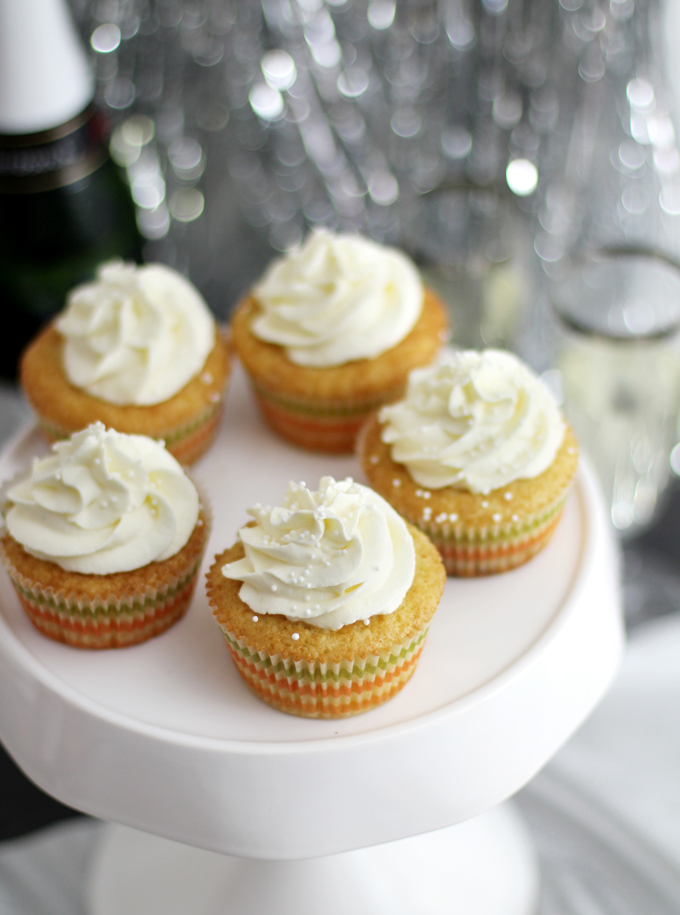 Champagner Cupcakes_Close up Etagere
