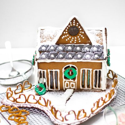 Lebkuchenhaus Deluxe (Blogging under the mistletoe)